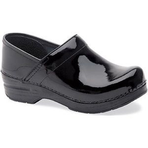 Dansko NWOB Professional Patent Leather Clogs